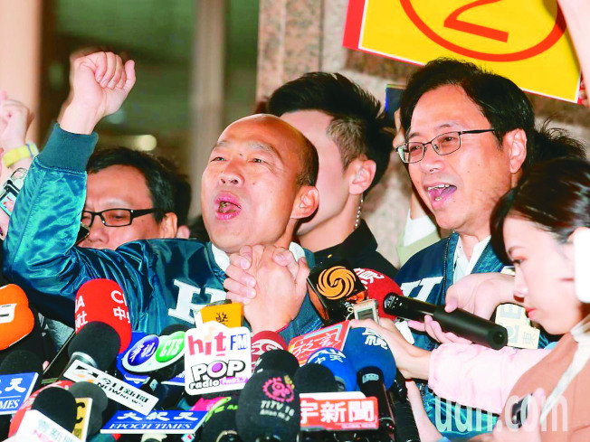 聯合報系台灣大選民調,韓張配20%,大幅落後蔡賴配。但僅29%民眾相信這種差距。(記者季相儒/攝影)