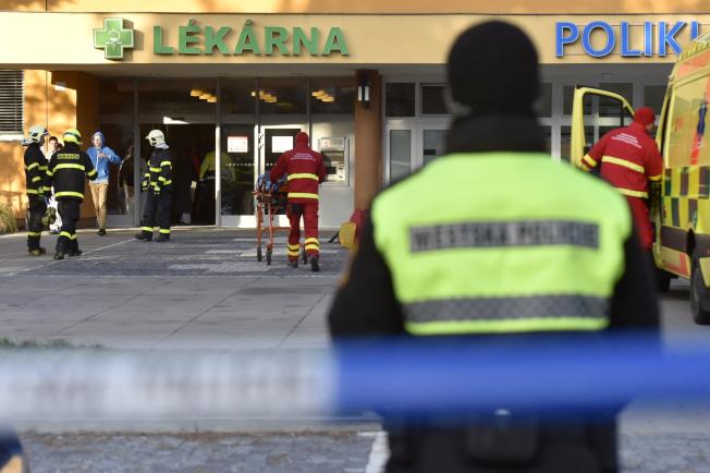 捷克東部奧斯特拉瓦市一所醫院10日驚傳槍擊,6人死亡。
