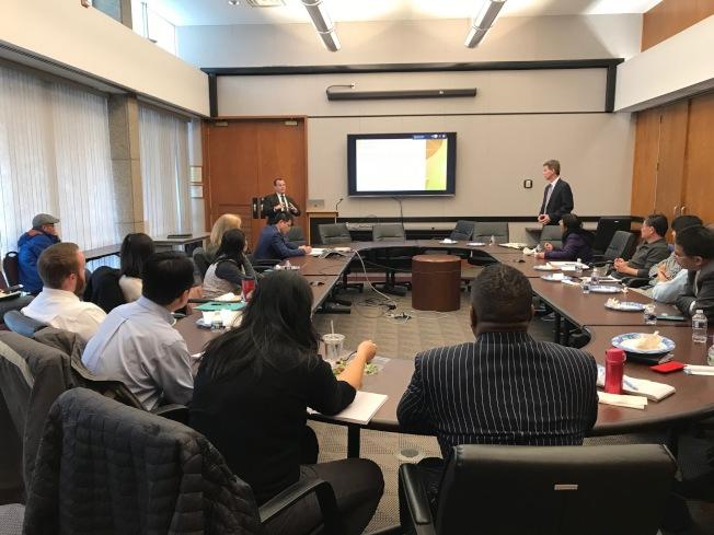 北卡華人企業協會(NCCBA)舉辦機會區域研討午餐會。(記者王明心/攝影)