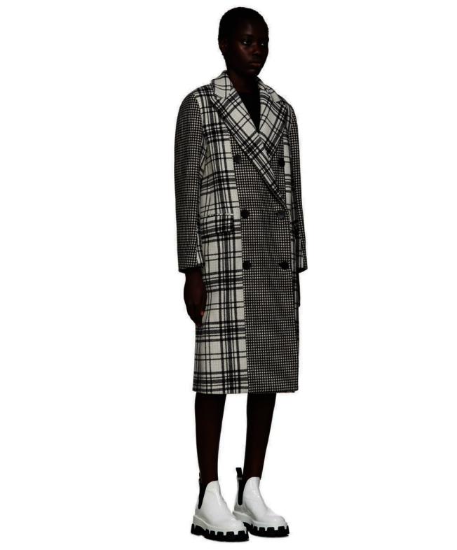MSGM黑白格紋大衣。(Ssense)