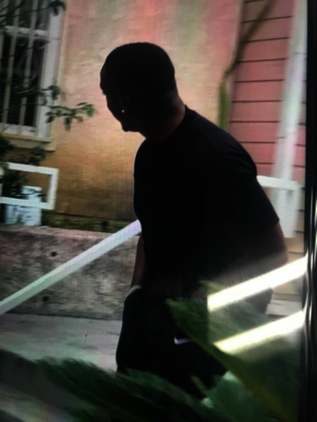 蒙市亞裔居民日前回家遇竊賊。(蒙市警局提供)