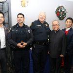 亞裔地產協會耶誕募款 支援警局送愛心
