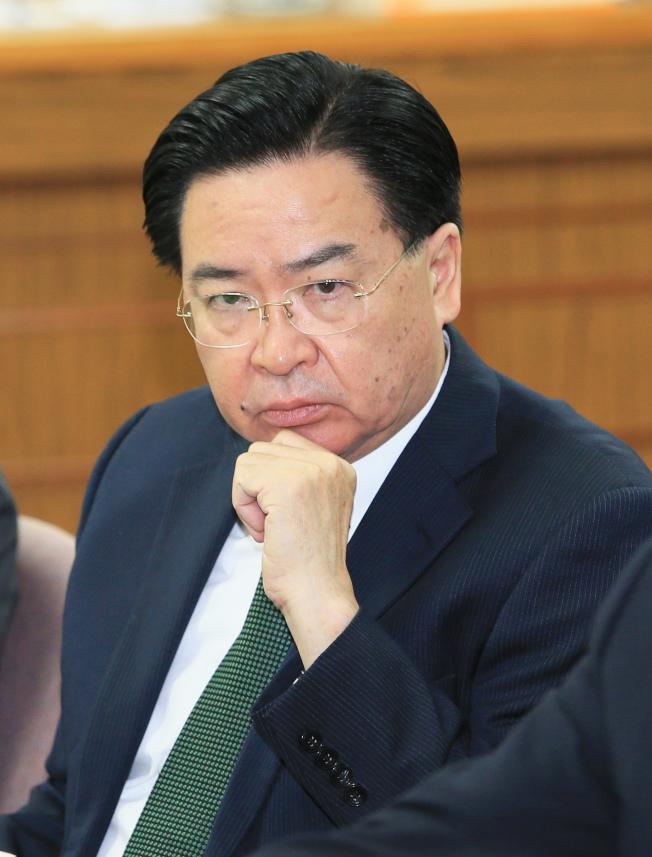 外交部長吳釗燮接受美聯社專訪,表示若北京當局以武力鎮壓香港示威,台灣會幫助流離失所的香港人。(本報資料照片)