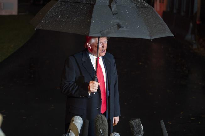 眾院公布彈劾文後,白宮表示川普總統將出席參院審理以自證清白。(歐新社)