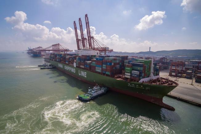 分析師認為,美中兩國很可能在本周六晚上「11時」宣布達成「第一階段」貿易協議。     美聯社