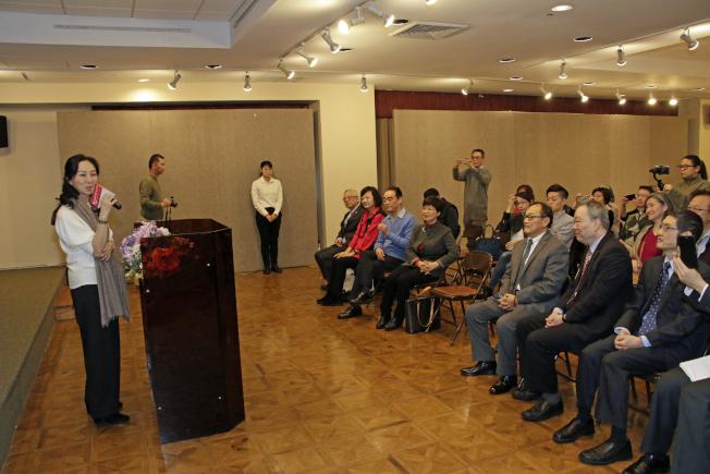 李佳芬在致詞時回憶任職媒體的經歷。記者呂賢修/攝影