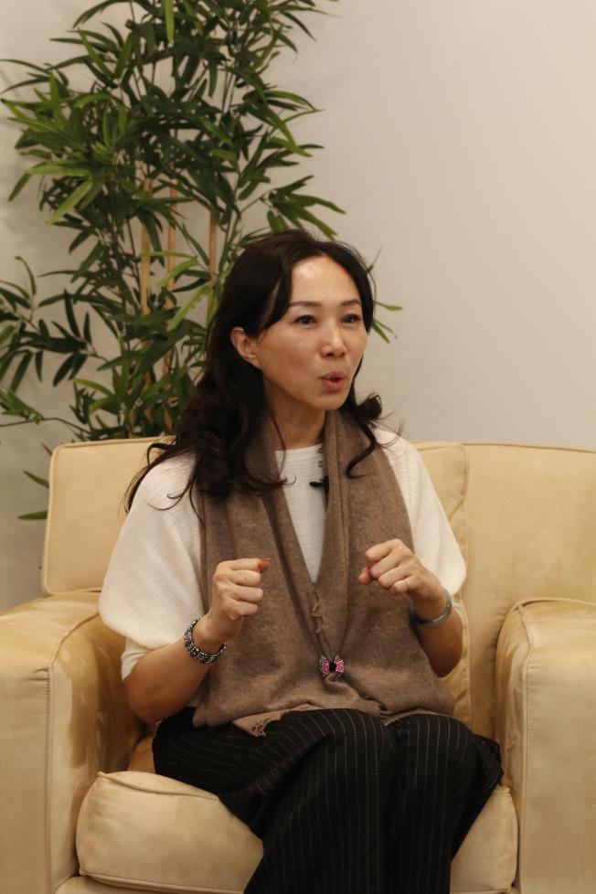 李佳芬受訪時提起網軍,她說有一名民進黨前網軍向她洩露,他們都是這樣操作的。(記者呂賢修/攝影)