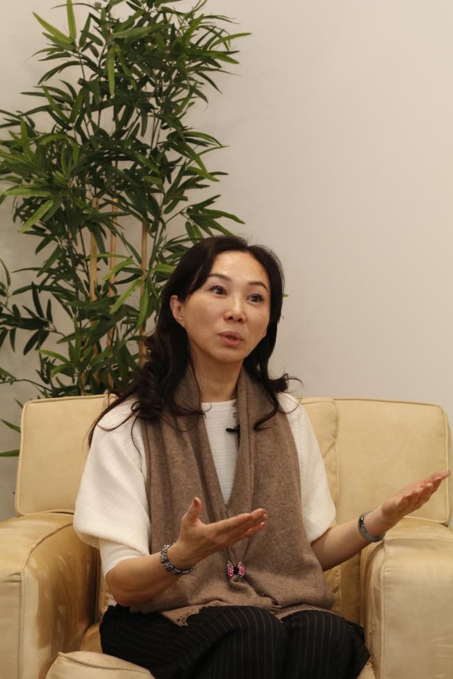 李佳芬受訪時說,韓國瑜希望他帶給高雄市民的「城市光榮感」,能延續提升為對國家的認同感。(記者呂賢修/攝影)
