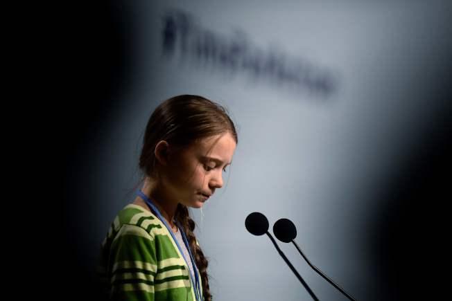 16歲瑞典環保少女童貝里(Greta Thunberg)當選「時代」雜誌年度風雲人物當天,她正在西班牙馬德里參加全球COP25氣候峰會。(Getty Images)