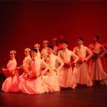 中國東方歌舞團新州獻藝 反響熱烈