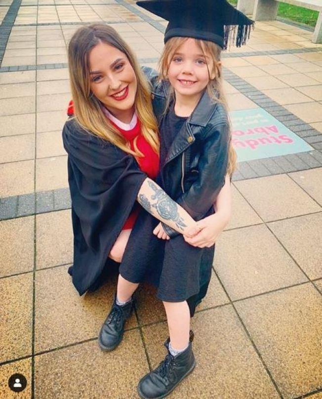 14歲懷孕遭退學,6年後順利完成學業。圖擷自instagram