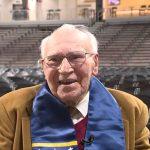 花了70年 終拿到大學學位!94歲老兵興奮激動
