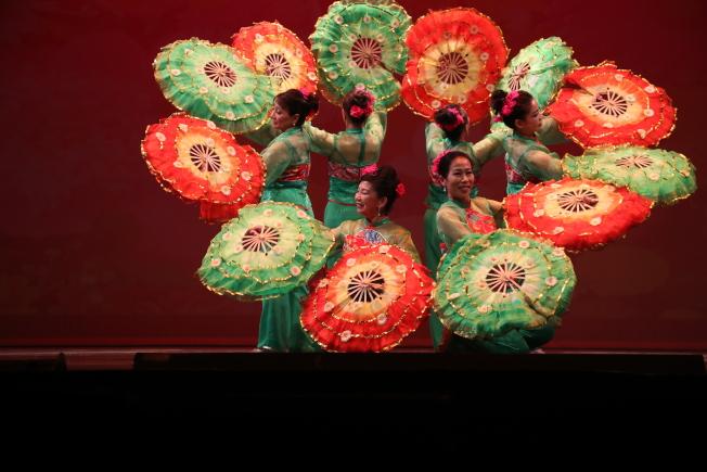華裔樂舞張肇壯舞蹈中心舞蹈表演。(張肇壯提供)