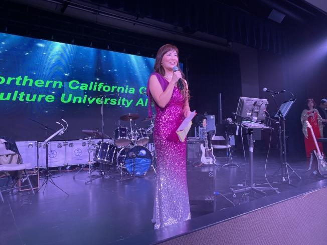 蔣孟媛表示,校友會今年舉辦眾多創新活動,聯絡校友感情,感謝學長姐對她的支持與鼓勵。(記者林亞歆/攝影)