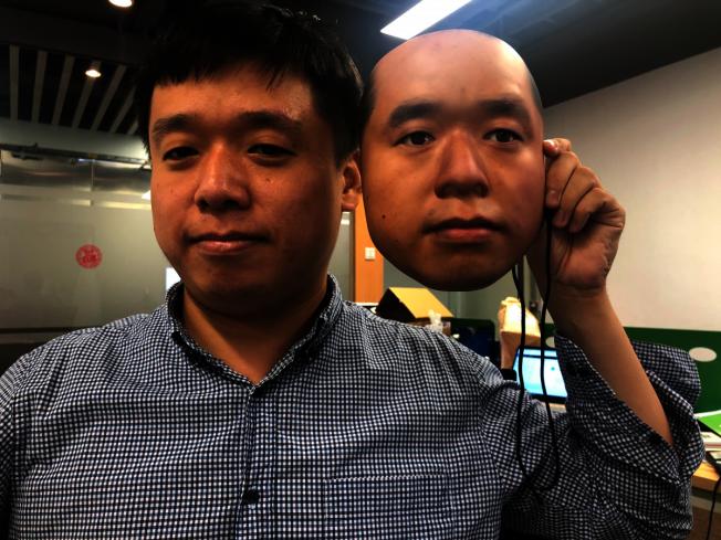 一家美國加州的人工智能公司宣稱,使用3D面具欺騙支付寶、微信等支付軟體中的人臉識別系統。照片/澎湃新聞網
