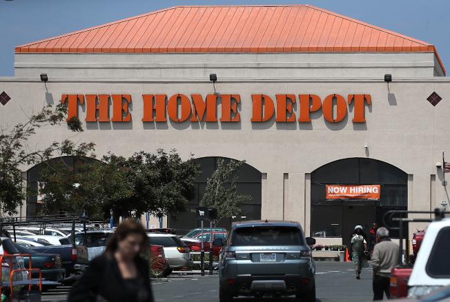 家得寶主管表示,全國性鴉片類藥物氾濫危機,導致店內及倉庫盜竊意外激增,以至於明年營業利潤將因此縮水。(Getty Images)