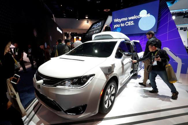 Waymo希望藉由Latent Logic旗下技術,讓自駕車行駛方式變得更貼近人類駕駛邏輯。(路透)