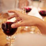亞裔「喝酒臉紅」 與阿茲海默症有關?