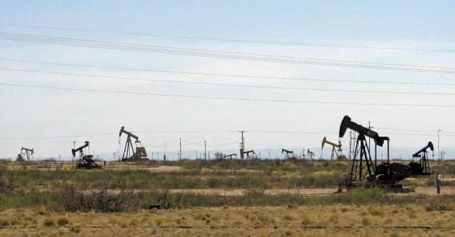 新規對油市也有部分影響。(美聯社)