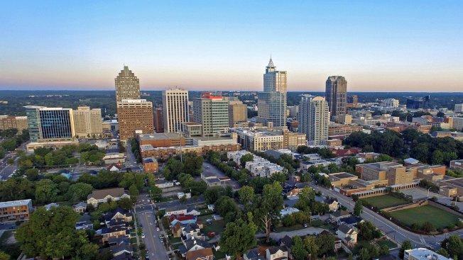 富比世雜誌(Forbes)連續第3年將北卡評為美國最佳商業州。圖為北卡首府洛麗。(洛麗市臉書)