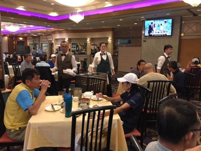 洛杉磯地區絕大多數的中餐館目前基本遵循傳統的收小費方式。(楊青/攝影)