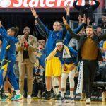 NBA/羅素飆31分射太陽 勇士4連勝