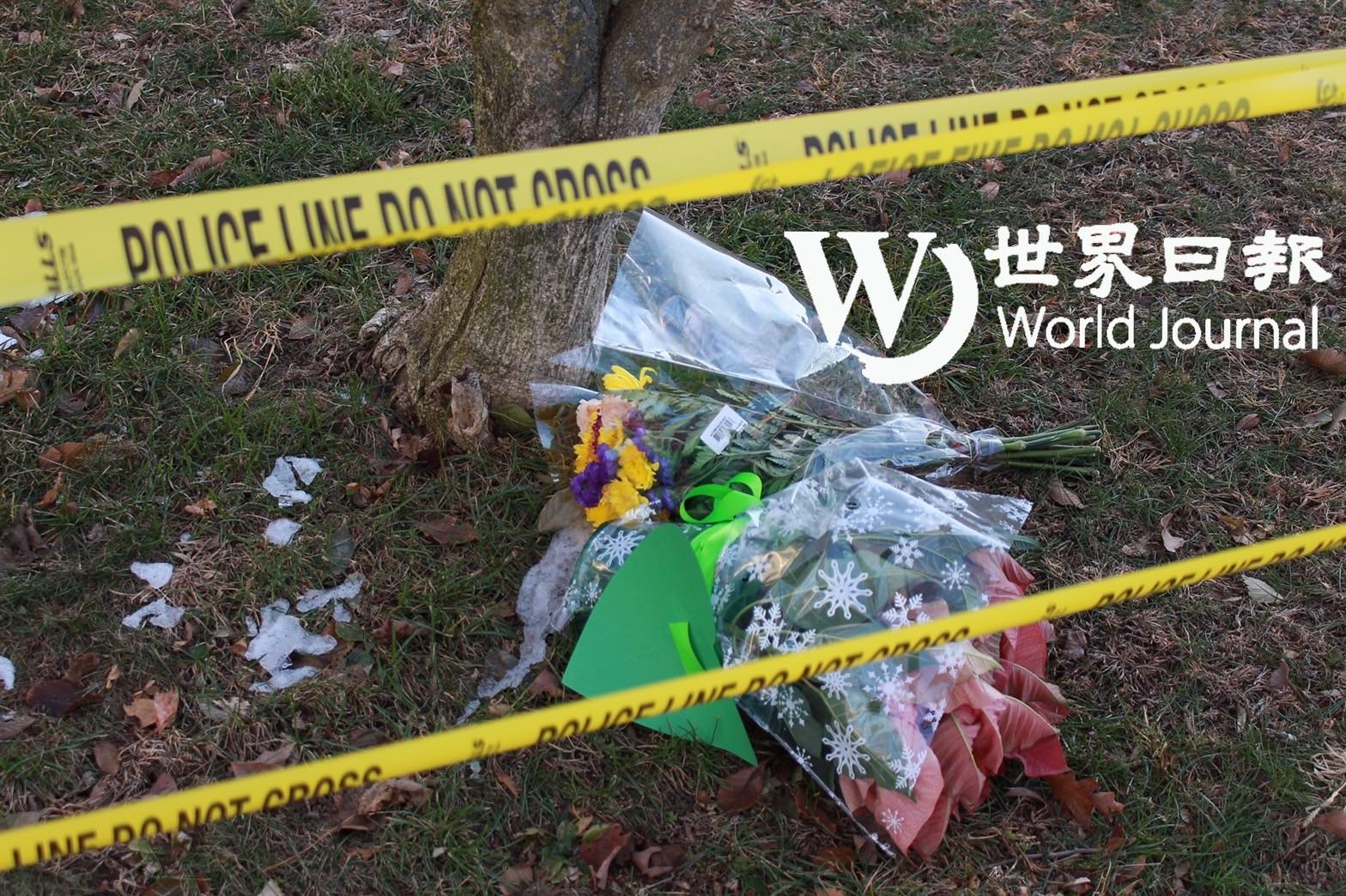 案發民宅外有民眾擺放哀悼花束。記者張晨/攝影
