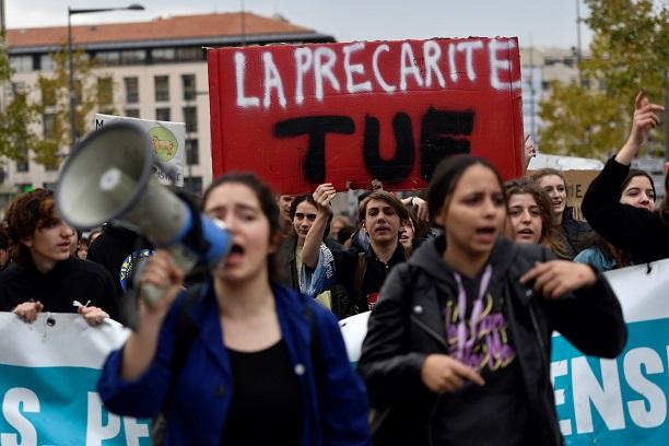 圖為5日法國街頭的示威者。(Getty Images)
