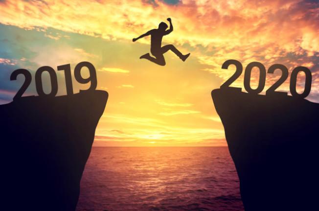 新的一年又開始,全美大量退休人士一起反老化。(取自推特)