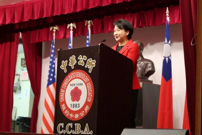 徐儷文感謝傳統僑社對中華民國的支持。(記者張晨/攝影)