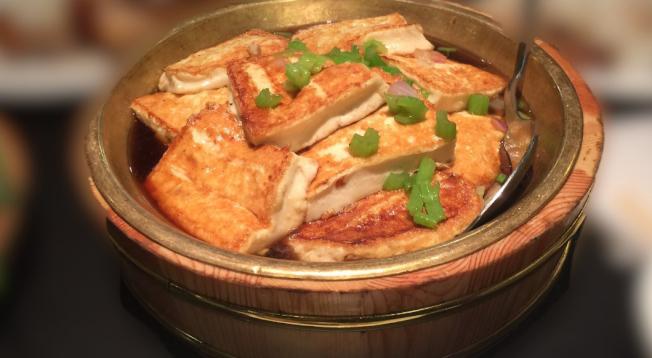 曼哈頓華埠「粥之家」的菜餚。(取自粥之家網站)