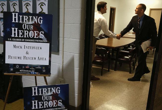求職者參加面試之前,要做足功課。(Getty Images)