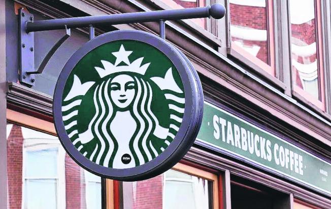星巴克在2018年全美銷售額達到197億元,排名最賺錢速食店第二名。(美聯社)