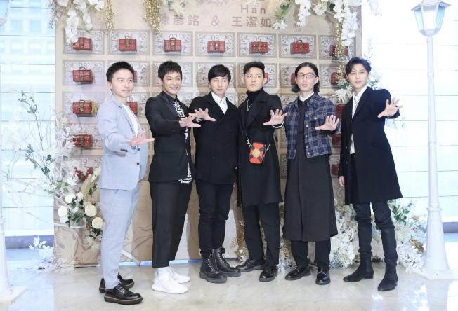 綜藝節目製作人B2舉行婚宴,棒棒堂男孩到場祝福。(記者許正宏/攝影)