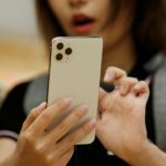 iPhone 12新螢幕 更輕薄省電