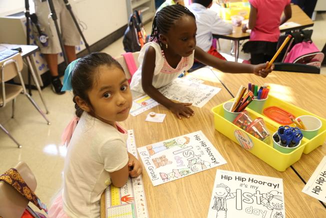 蒙郡公校學生數飆升,公校經過調研正討論重劃部分校區。(記者羅曉媛/攝影)