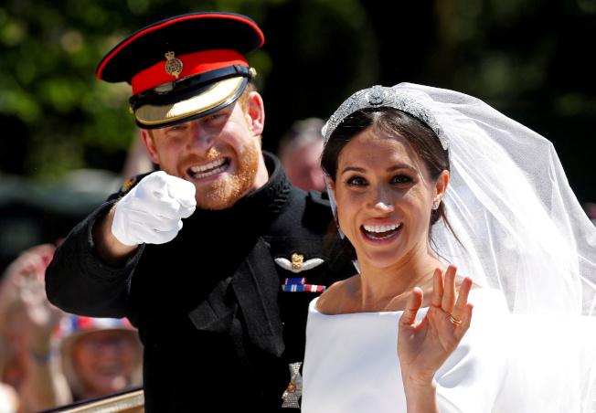 英國哈利王子和梅根的羅曼史一直充滿波折,圖為哈利王子於2018年5月大婚。(路透)
