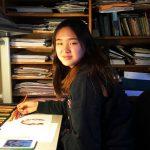 顧茗悅自畫像 獲美國學術出版社協會傑出藝術獎