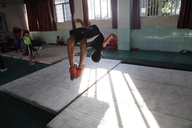 跳繩改變命運… 1鄉鎮小學跳出27位世界冠軍