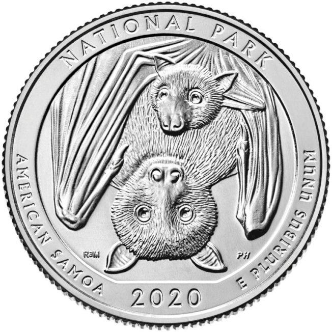 2020年最新版的25分硬幣,圖案主角是美屬薩摩亞的果蝠母子。(美國鑄幣局)