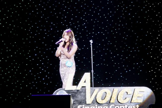 洛杉磯世界日報主辦的2020世界好聲音日前圓滿落幕,圖為獲得2020年世界好聲音冠軍的菲律賓移民二代Hazel Jane Gloria。(記者陳開/攝影)