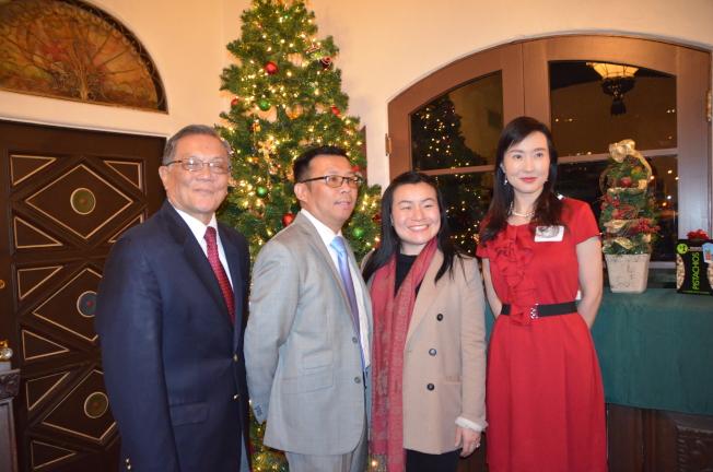 左起:蒙市華裔市議員候選人甄銘新、羅霈霆、陳愛欣、饒影凡。(記者王全秀子╱攝影)