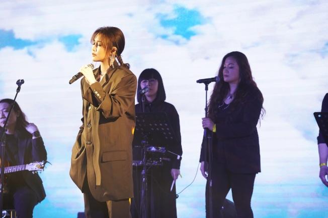 A-Lin在北京舉辦「Lin距離」小型免費音樂會,並宣布「Panssenger旅.課」20餘場巡演城市場次。(圖:索尼提供)