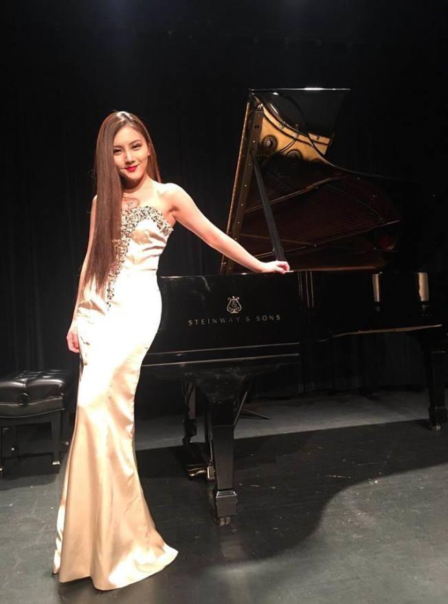 來自中國的鋼琴家鄒茜瀅,以弦柱音符分享生命點滴。