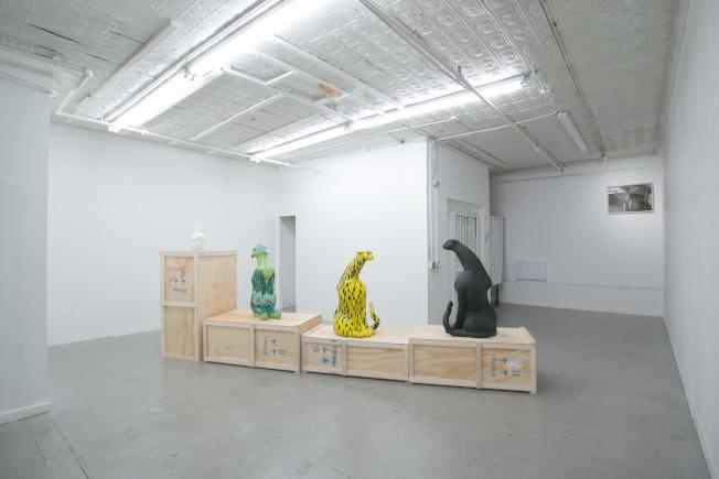 「給愛麗絲」華埠456藝廊開展。(456藝廊提供)