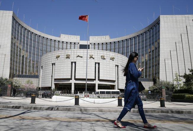 人行年內有望正式推出法定數位貨幣,搶得全球頭香。(中新社)