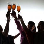 酒精影響大腦24小時 喝酒隔天也別開車!