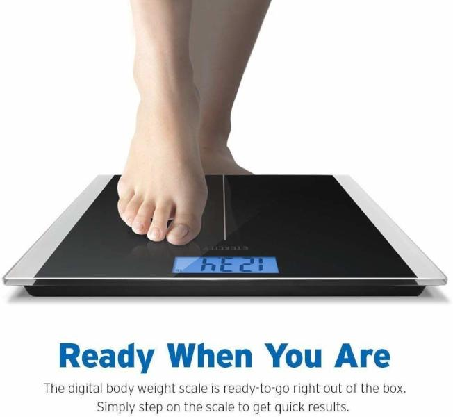 磅秤要放在平整結實的地面,讀數才準確。(Amazon)