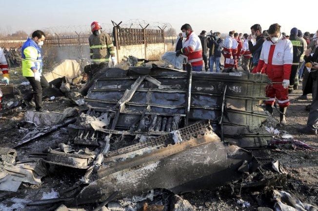 烏克蘭客機日前慘遭伊朗誤擊,造成機上176人喪生。(美聯社)