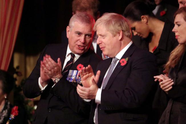 英國安德魯王子(左)。(路透資料照片)
